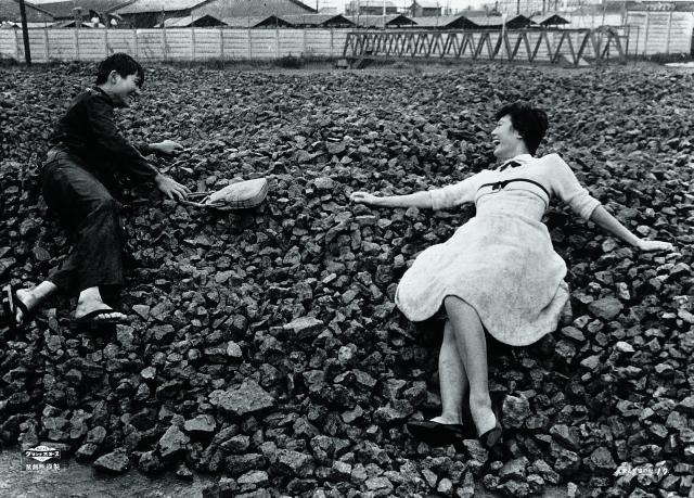 Die frühe Rebellion  – zu Nagisa Oshimas erstem Film STADT DER LIEBE UND HOFFNUNG (1959)
