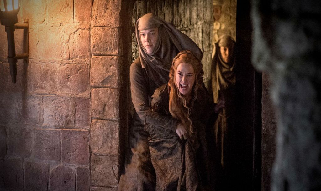 NEGATIV_GAME OF THRONES_THE GIFT_Cersei Lannister